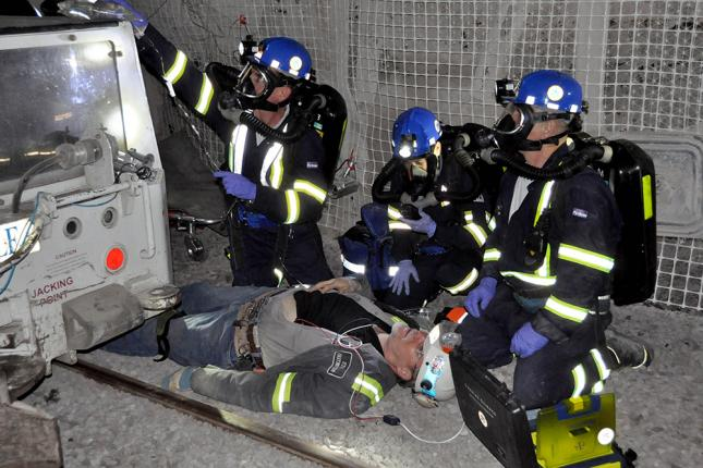 Mine rescue training on dummy
