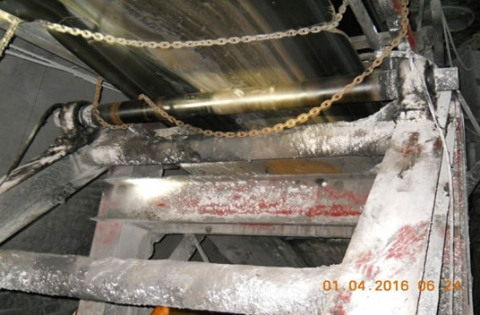 Lower section of belt conveyor. The belt roller is visible