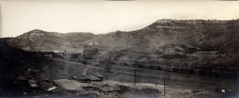 View of Stag Canon mines in 1920